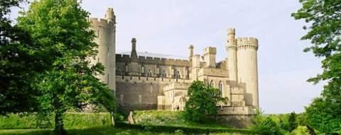 arundel_castle_visitor1