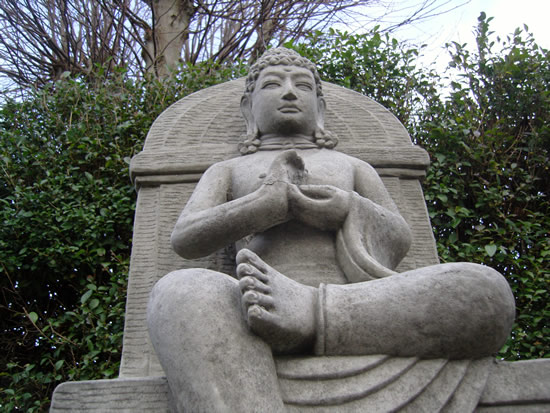 geoff_buddha-throne